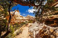 The Hickman Bridge Trail, Capital Reef National Park, Utah, USA