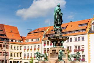 Altstadt zu Freiberg am Obermarkt - Springbrunnen Otto der Reiche