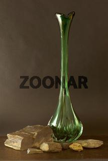 Vase mit Steinen