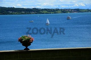 Bodensee - Blick von der Insel Mainau auf den See