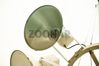 Licht Strahler vor weißen Hintergrund