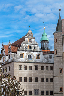 Turm und Fassade von Schloss Neuburg an der Donau