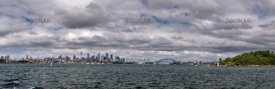 Skyline von Sydney vom Wasser aus