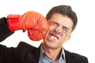 Kampf gegen sich selbst