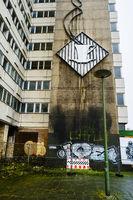 Relief einer Kaffeetasse am Haus der Statistik, Berlin, Deutschland