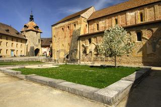 Romanische Abtei Romainmotier, Schweiz