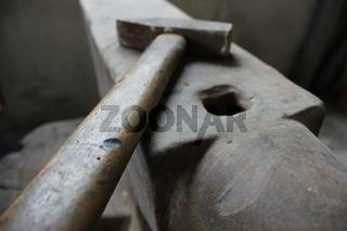 Hammer auf Arbeit