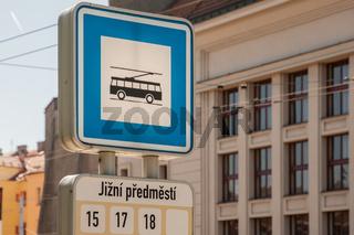 Trolleybus-Haltestelle in Pilsen