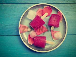 Fruity red water ice