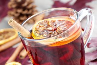 Heisser Punsch / hot spiced wine
