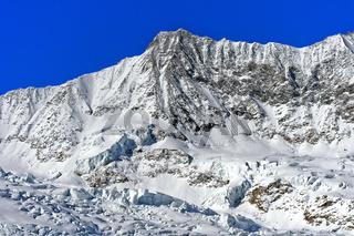 Gipfel Täschhorn im Winter,  Mischabel Massiv, Saas-Fee, Wallis, Schweiz