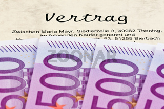 Euro Geldscheine und Vertrag