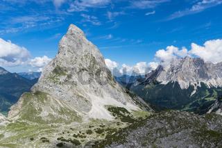 Sonnenspitze und Zugspitze