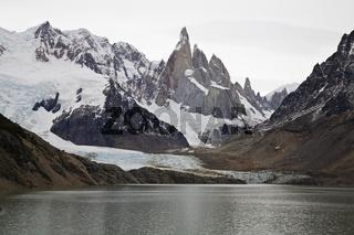 Gletschersee Laguna Torre und Gletscher, Argentinia, glacier Laguna Torre and lake,  Argentina