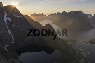 Abendstimmung, Kjerkfjorden, Reine, Moskenesoeya, Lofoten