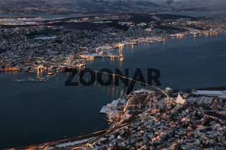 Tromsø in der Abenddaemmerung