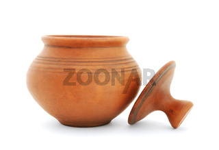 Clay pot with lid