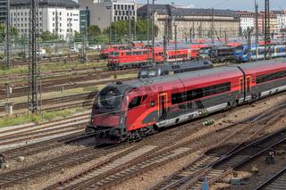 Österreichischer Railjet-Zug in München