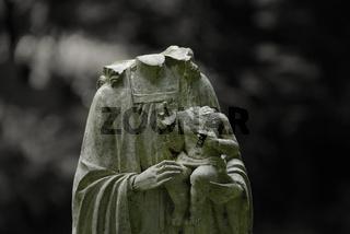 Vandalismus auf dem Friedhof