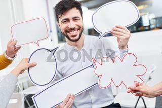 Start-Up Mann im Ideen Workshop