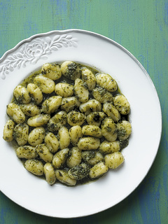 rustic italian gnocchi in pesto sauce