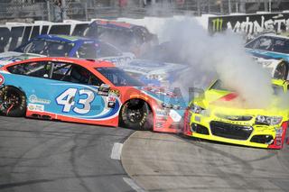 NASCAR:  Apr 02 STP 500