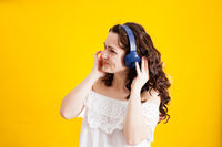 listening a music and dancing