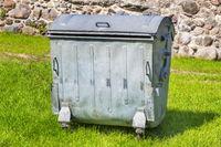 Aluminium waste container