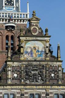 Detailansicht der Stadtwaage (Waaggebäude, Waaggebouw), Alkmaar, Niederlande