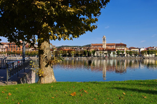 Sesto Calende am Lago Maggiore - Sesto Calende on lake Lago Maggiore in northern Italy