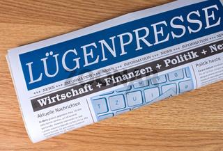 Lügenpresse Zeitung - Fake News