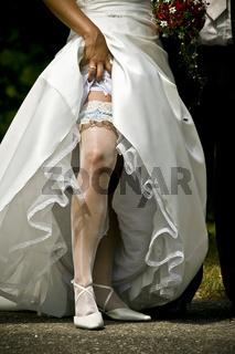 sexy Braut in Farbe