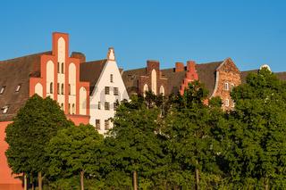 Blick auf historische Gebäude in Rostock
