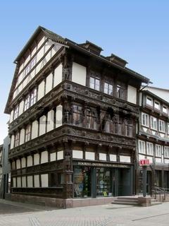 Reich verziertes Fachwerkhaus (Eickesches Haus) in Einbeck aus der Zeit der Renaissance