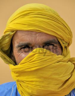 Berber mit dem traditionellen Litham (Turbantuch)