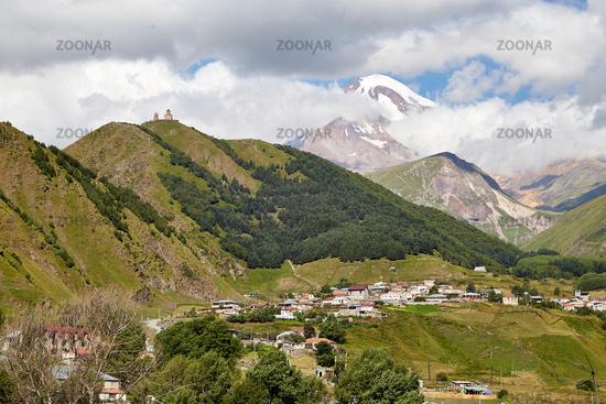 Stepantsminda im Kaukasus, Georgia