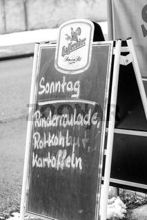 Werbung an einer Gutbürgerlichen Gaststätte in MItteldeutschland