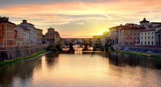 Ponte Vecchio at sunrise