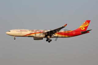 Hongkong Airlines Airbus A330-300 Flugzeug Flughafen Shanghai Hongqiao