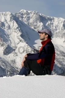 Winterwanderung im Nationalpark Kalkalpen, der hohe Nock im Hintergrund