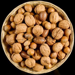 Nüsse - nuts