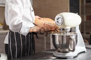 dough mixer for cake