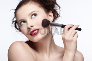girl making up