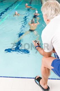 Pool coach - swimmer training competition