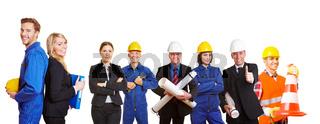 Team aus Arbeitern und Ingenieuren