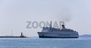 Fähre im Hafen von Split