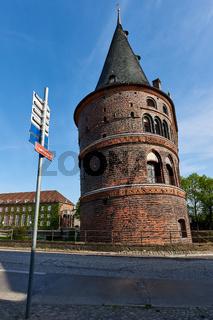 Holstentor, Seitenansicht, Lübeck, Deutschland