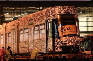 Erste Solaris-Tram erreicht Leipzig