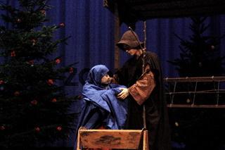 Maria und Joseph mit Jesus, Buehne
