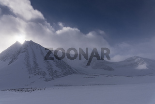 Landschaft im Schneetreiben, Unna Reaiddavaggi, Lappland